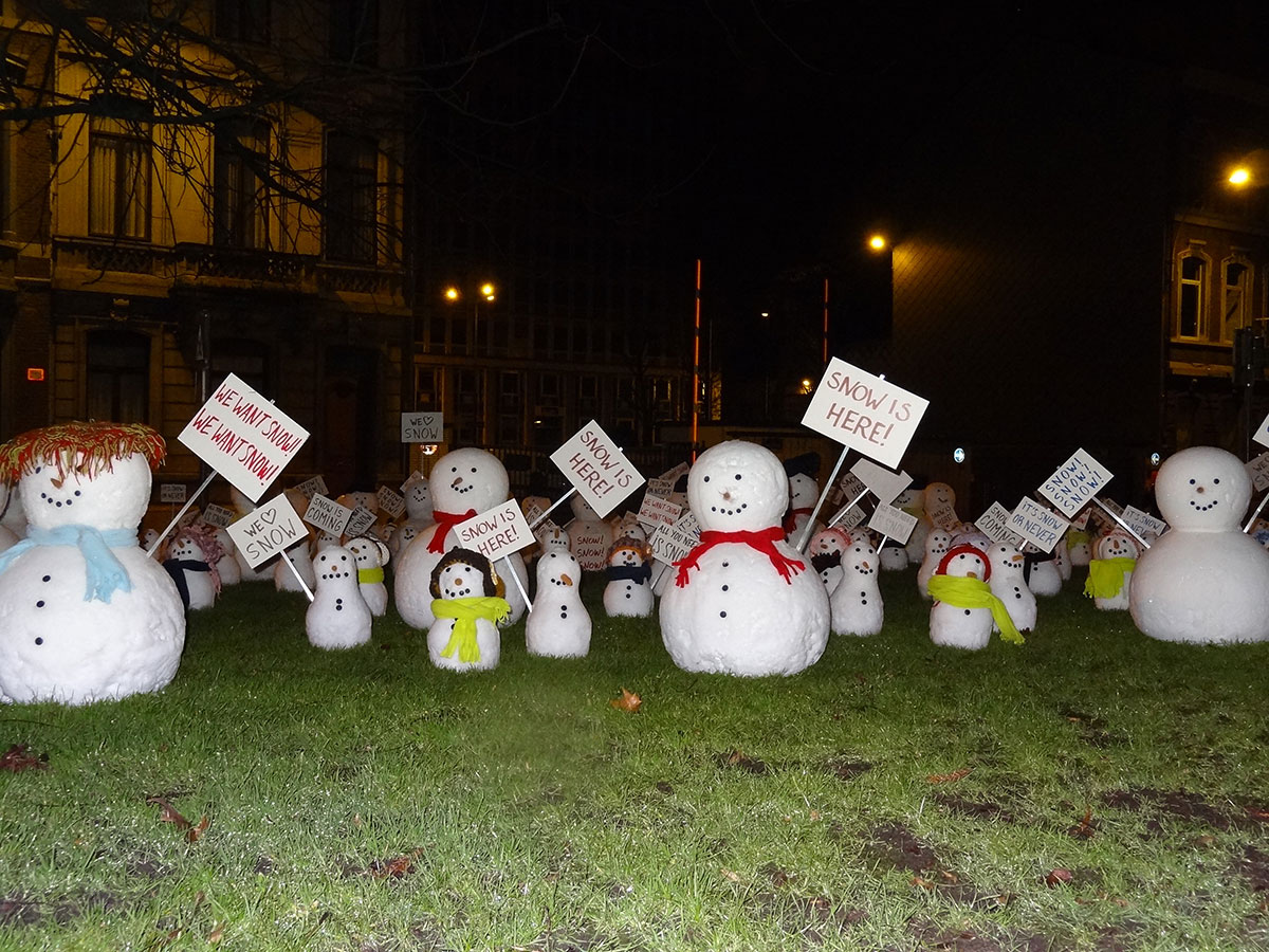 Real snow - snowmen for outdoor event - Snow Business
